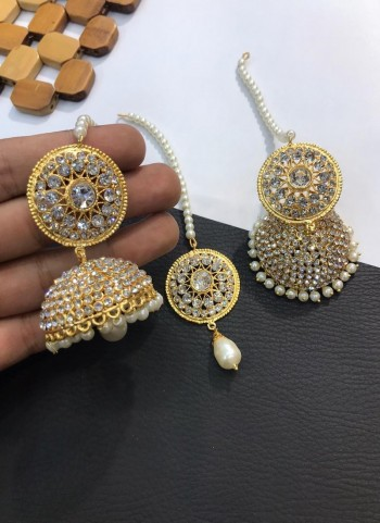 Heavy Gold Jhumka tikka set
